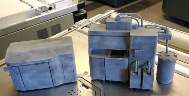 HP Multi Jet Fusion 3D-tulostimen 3D-tulostettu pienoismalli